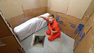 Download Lagu Box Fort PRISON! 24 hours to ESCAPE!! Gratis STAFABAND