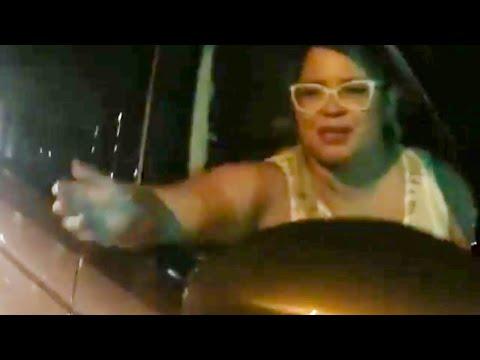 Marília Mendonça canta com artista de rua em semáforo de Goiânia;