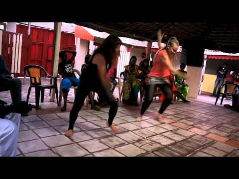 Sabar dance Senegal. Nodoka & Heini