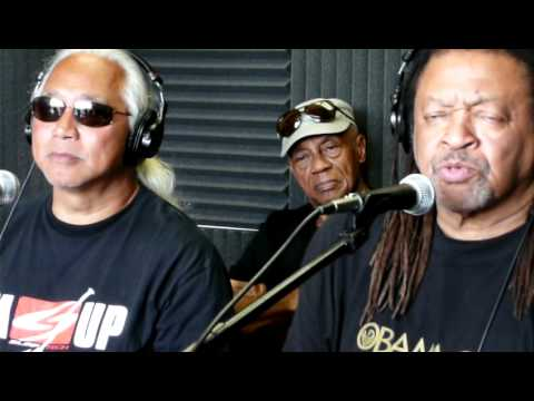 Quincy Troupe on Evolving - URH Radio Hilo Hawaii