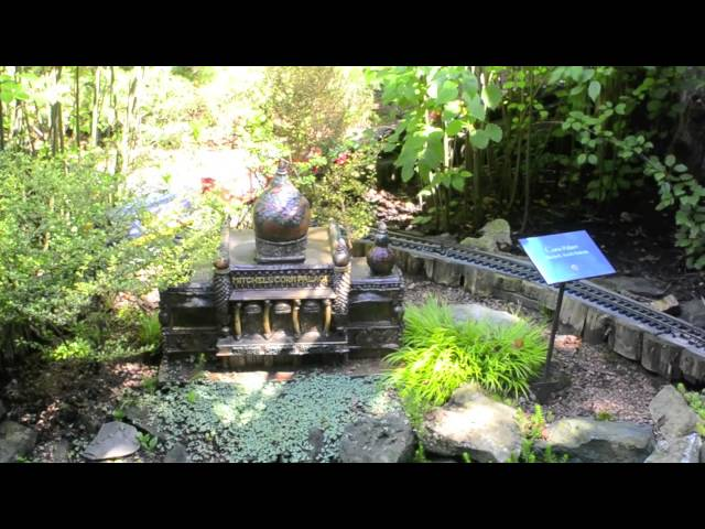 Chicago Botanical Garden's Model Railroads 2013