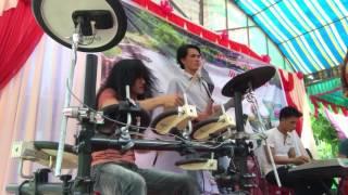 Drum ba dao quá sung rước luôn cả ca sĩ hát trật nhịp drum thientai
