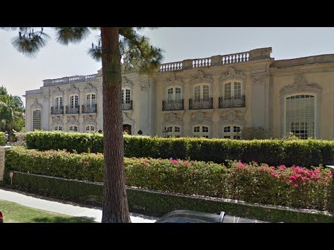 Tour of mansions in beverly hills celebrity homes youtube for Movie star homes beverly hills