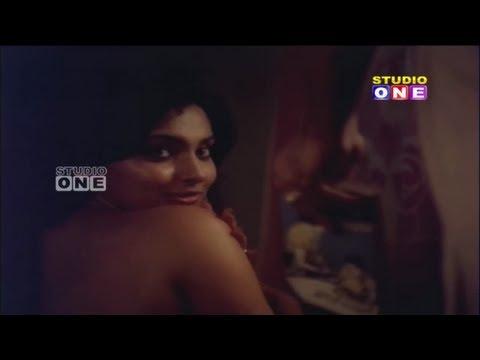 Madhavi Hot scene In Amavasya Chandrudu