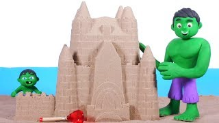 SUPERHERO BABY MAKES A HUGE SAND CASTLE ❤ SUPERHERO PLAY DOH CARTOONS FOR KIDS