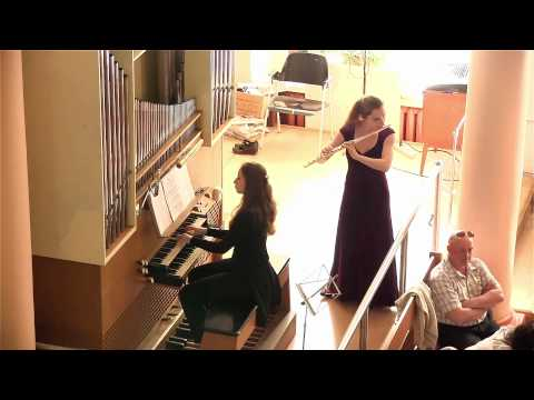 Ave Maria - Schubert. Flute and organ