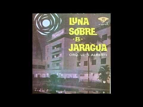 Orquesta Santa Cecilia - El Martiniqueño (Canta Pipi Franco)