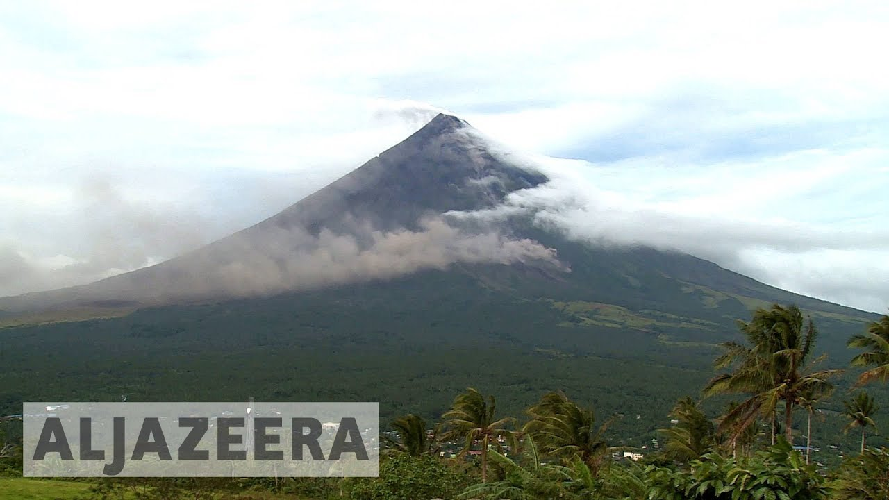 Mayon volcano threat sparks mass evacuation in Philippines