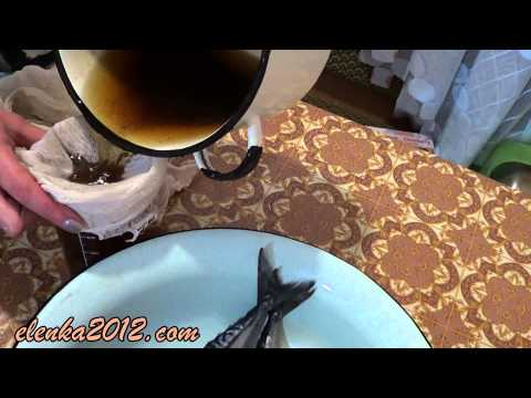 Как посолить скумбрию в рассоле - видео