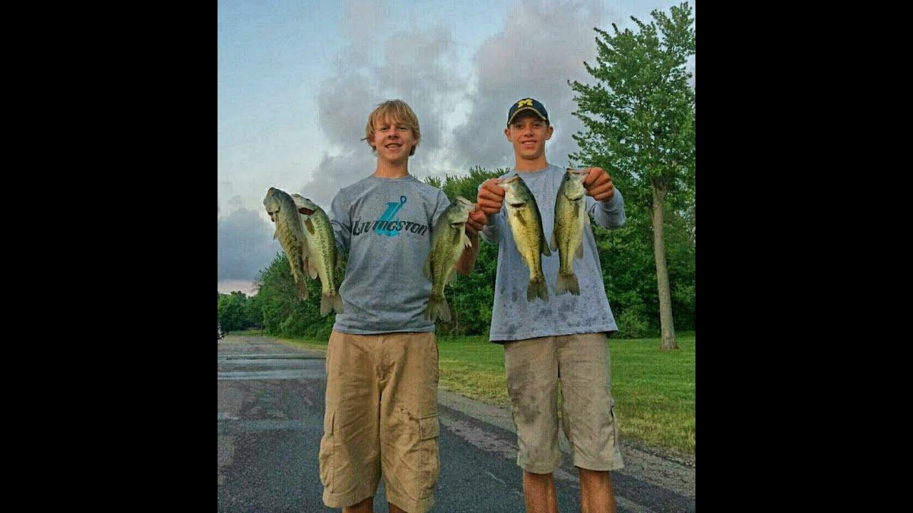 Fishing michigan bass tournament gun lake recap youtube for Michigan bass fishing tournaments