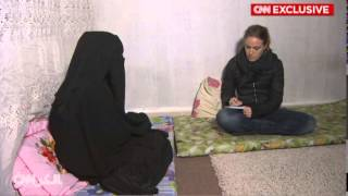 """فتاة سورية تروي قصة زواجها مكرهة من """"داعشي"""""""