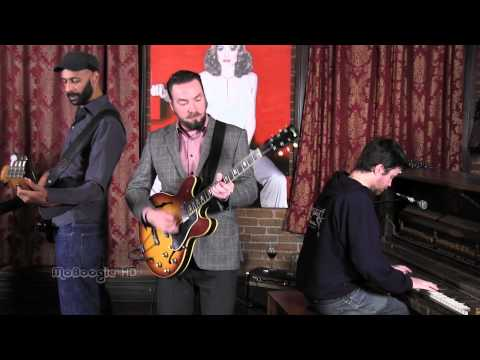 THE NEW MASTERSOUNDS - Way Out West - stripped down MoBoogie Loft Session
