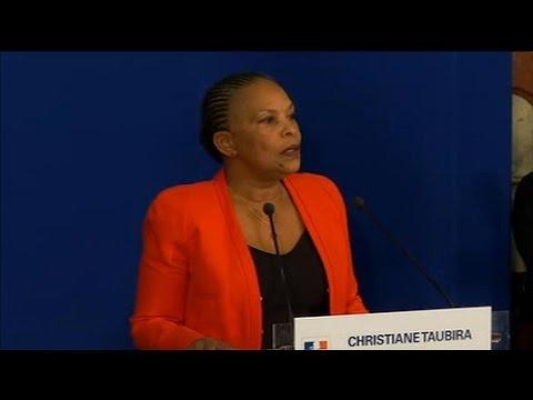 """Christiane Taubira: """"Je quitte le gouvernement sur un désaccord politique majeur"""""""