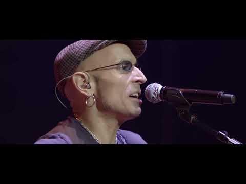 Fito & Fitipaldis- Cerca de las vías (Videoclip oficial)