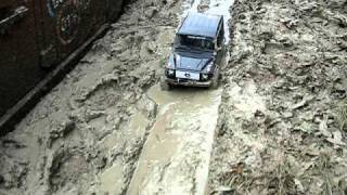 1/10 Mercedes G-Wagen in mud 2