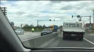 Accident pe centura Oradea: Trei persoane rănite după ce o autoutilitară s-a izbit de un camion