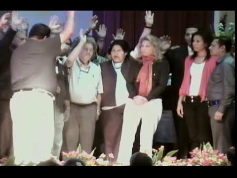 Pastores en Ecuador piden perdón a Ana Méndez Parte 1
