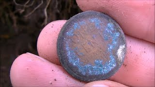 TREASURES FOUND METAL DETECTING 1928 HOUSE! YOU WON'T BELIEVE HOW LONG THESE WERE STUCK TOGETHER!