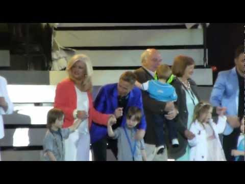 Westlife - Queen Of My Heart + FAMILIES - Croke Park 22.06.2012