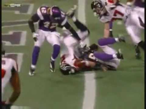 Rookie Highlights of Falcons Quarterback Matt Ryan. He was the rookie of the year. No copyright intended. The NFL owns all clips and this video is for entert...