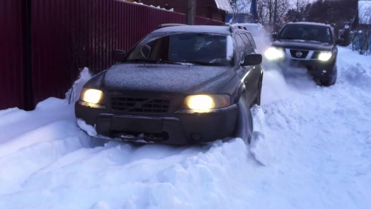 Volvo xc70 snow off road - YouTube