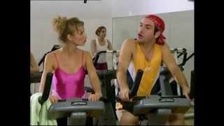 Un gars une fille - font de la gym
