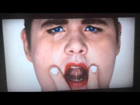 Wrecking Ball - Miley Cyrus (Parodie Bye Bye 2013)