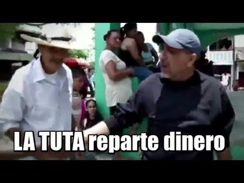 La Tuta reparte dinero ; Autodefensas regresan huertas a propietarios despojados por el narco