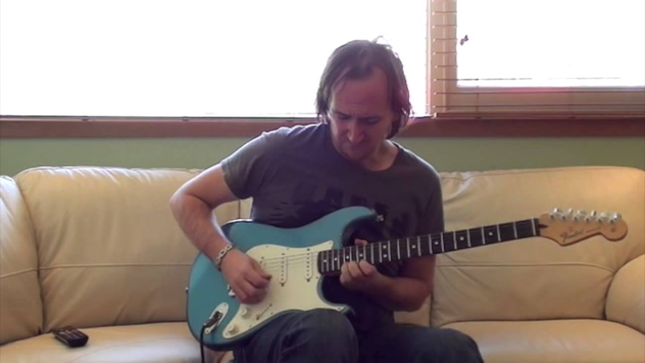 how to play hold the line on guitar