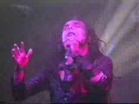 Cradle of filth - Beneath the Howling stars (live)