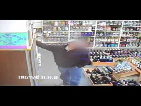 Violent Armed Robbery in New York caught on security video