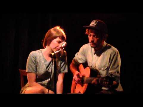 Aldous Harding & Marlon Williams - The Trees They Do Grow High