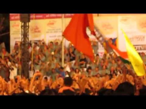 castellers singing jai jai maharashtra maza with maharashtrians...
