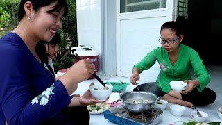 Ăn tết dân tộc Khmer với món Bún Nước Lèo trứ danh  | Thôn Nữ Miền Tây