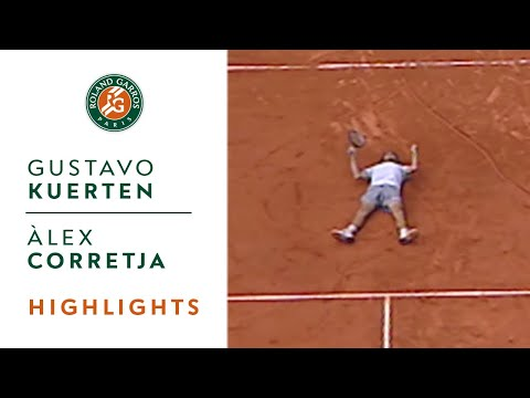 Gustavo Kuerten v Àlex Corretja Highlights - Men's Final I Roland-Garros 2001