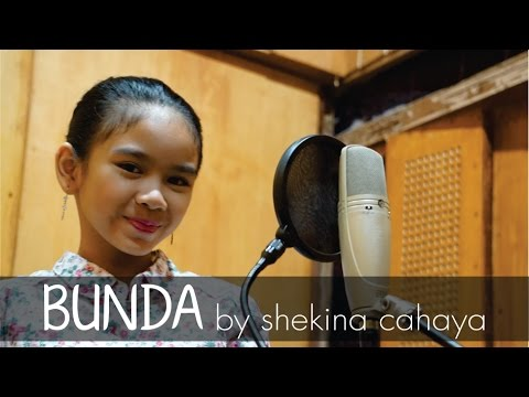 Bunda (ciptaan Melly Goeslaw) - Cover by Shekina Cahaya