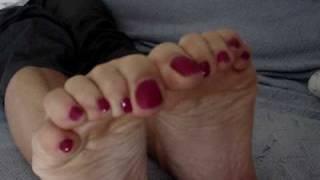 Feet tease with smelly feet red toes foot fetish sexy feet leg pantyhose nylon female feet