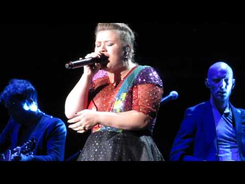 Blank Space (Taylor Swift Cover) - Kelly Clarkson (Fan Request, Toronto)