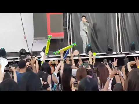 """190119 SMTOWN Live In Santiago 