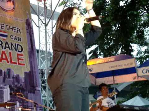 ปาน ธนพร Concert @ Silom.Rd
