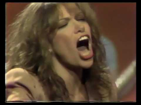 carly simon nobody does it better mp3