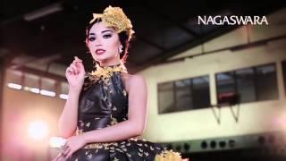 Zaskia Gotik Cukup 1 Menit Remix Version Official Music Video HD Nagaswara