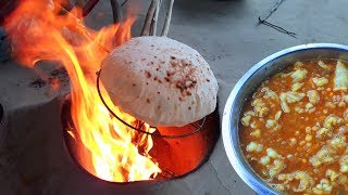ফুলকো রুটি আর খাসির চর্বি দিয়ে ঘুগনি সেরা ব্রেকফাস্ট-Healthy & Tasty Best Breakfast Roti & Ghugni