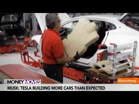 Elon Musk: Tesla Model S Output Speeds Past 400 a Week