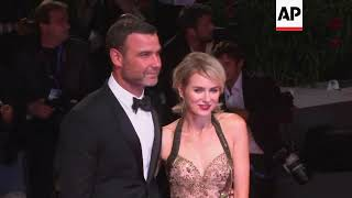 Judge dismisses harassment charge made by photographer against Liev Schreiber