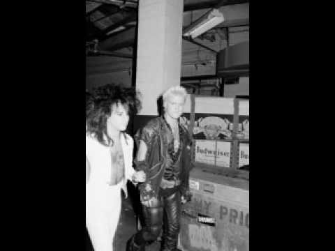 Billy Idol&Steve Stevens 'Eyes Without a Face 'Live&Acoustic' KROQ 1993