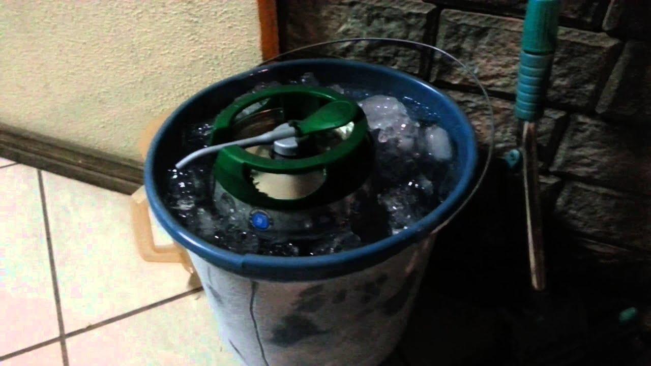 Cruzcampo da gas a la expansin de su cerveza recin elaborada