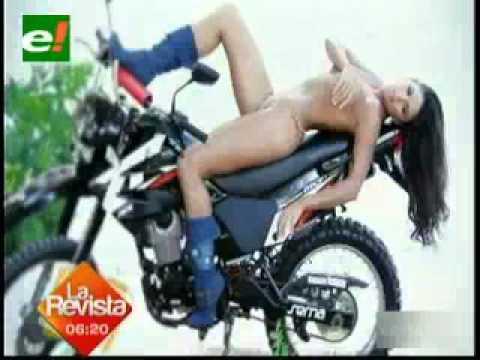 Priscila Leigue en moto topless que nunca Bolivia Unida Carajo Bolivianas ricas y sexies