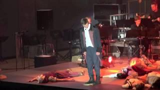 Watch Les Miserables Dunkles Schweigen An Den Tischen video
