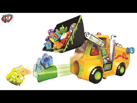 The Trash Pack: Load 'N Launch Bulldozer Playset Fun Toy Review. Moose Toys